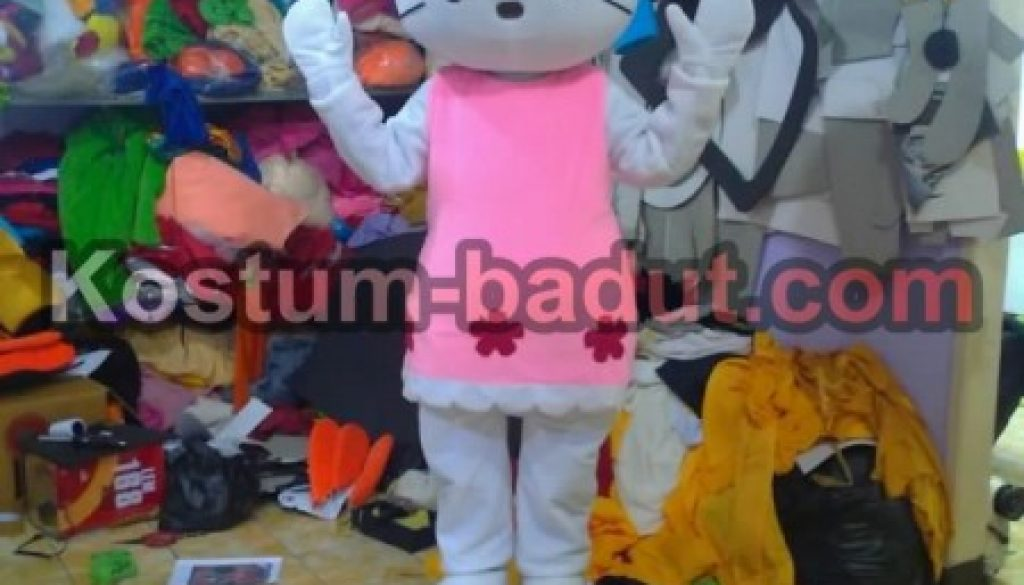 watermarked-hello kitty with pants